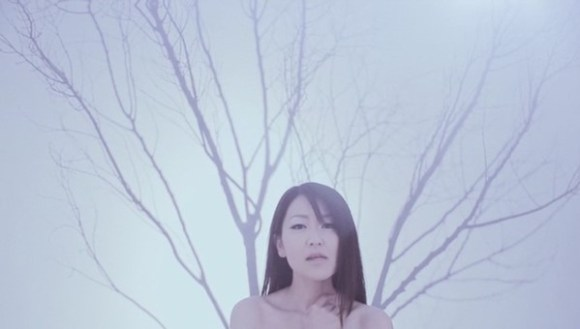 [2010.03.24] Mami Kawada - linkage (DVD) [480p]   - eimusics.com.mkv_snapshot_01.04_[2015.12.22_15.18.41]