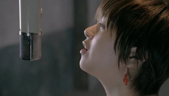 [2008.05.21] Utada Hikaru - Prisoner of Love (DVD) [480p]   - eimusics.com.mkv_snapshot_02.34_[2016.01.01_11.47.24]
