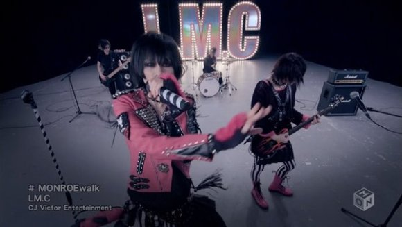 [2016.03.16] LM.C - MONROEwalk (M-ON!) [720p]   - eimusics.com.mkv_snapshot_01.13_[2016.04.09_00.28.15]
