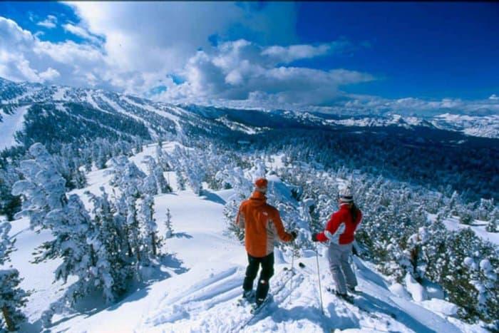 جبال القوقاز في فصل الشتاء