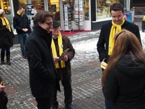 Stefan Birkner (l.) und Christian Grascha, hier im Landtagswahlkampf in Einbeck.