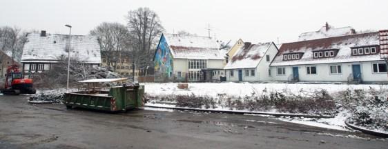 Vor dem Abriss, die Bäume sind bereits gefällt: das Haus der Jugend. Aufnahme vom 24.1.2014.