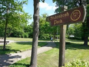 Der Stukenbrokpark ist in die Jahre gekommen. Er soll neu gestaltet werden.