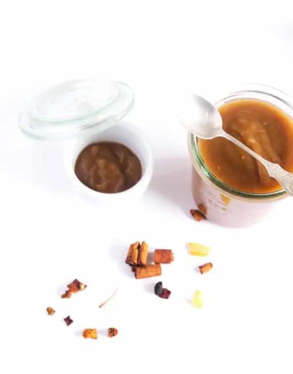 hausgemachtes Apfelmus mit Zimt und Vanille - winterlich und super lecker www.einepriselecker.de