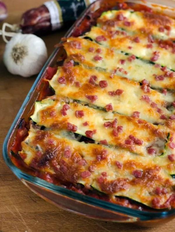 Zucchini statt Lasagne? Leckere low carb Alternative mit Aubergine und Fenchelsalami. Recipe also in english! www.einepriselecker.de