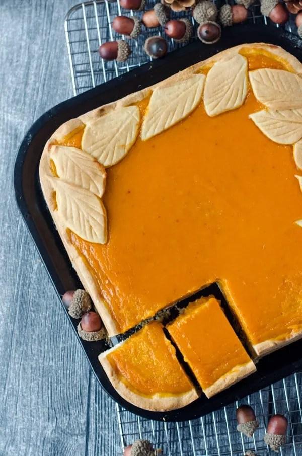 köstlicher italienischer Kürbiskuchen mit Amaretti //delicious italian pumpkinpie with amaretti. Recipe also in english!