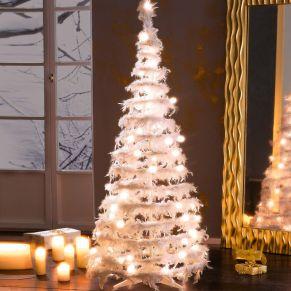 Beleuchteter Federtannenbaum. Mit echten weißen Federn und LEDs, wird durch ein Stecksystem montiert, Nur für den Innenbereich geeignet, Leuchtmittel: Groß 96 LEDs, Mittel 80 LEDs, Klein 32 LEDs (enthalten und nicht austauschbar), Euroflachstecker, Maße: Groß ca. Ø 70 x H160 cm, Mittel ca. Ø 60 x H 120 cm, Klein ca. Ø 40 x H 60 cm, Zuleitung: Groß ca. 5 m, Klein und Mittel ca. 2,9 m, Gewicht: ca. 3,4 kg, Material: Federn, Kunststoff.<br>