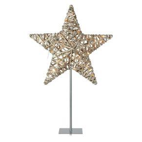 Der Dekoleuchtstern besteht aus einem sternenförmigen Rattangeflecht und versprüht durch die 50 integrierten LEDs ein angenehmens, warmes Licht. Für Outdoor-Einsatz geeignet, Leuchtmittel: 50 LEDs (enthalten und nicht austauschbar), Farbtemperatur: Warmweiß, Kabellänge ca. 480 cm, Maße: ca. B60 x T18 x H91 cm, Standfuß ca. B18 x T18 cm, Stern ca. B60 x T11 x H58 cm, Gewicht: ca. 1,6 kg, Material: Metall, Rattan.<br>