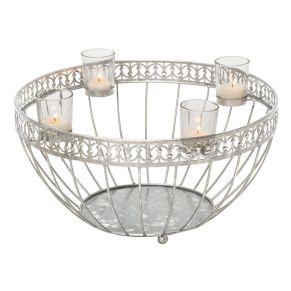 Filigraner Kerzenkorb im Antik Look, der nicht nur zur Adventszeit für Aufsehen sorgt. Inklusive vier Teelichtgläser, Maße: ca. 24 cm hoch, 40 cm Ø, Gewicht: ca. 1,3 kg, Material: Metall, Glas.<br>