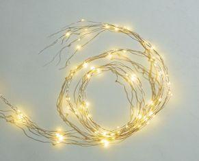 Perfekt für eine stimmungsvolle und individuelle Dekoration. LEDs sind wie Tropfen an 5 feinen Kupferdrähten verteilt befestigt, Stränge sind flexibel zu drapieren, nur für Indoor-Einsatz geeignet, Batterien: 3 x 1,5 V Microbatterien, nicht inkl. , Maße: Stränge je ca. 2 m lang.<br>