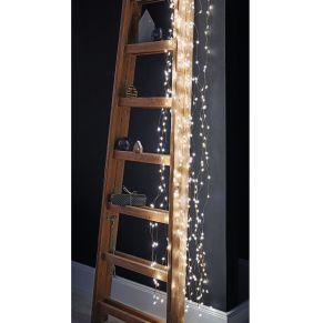 Für eine wunderschöne und individuell fließende Lichtdekoration sorgt dieser Lichterregen. 360 LEDs und kleine Sterne, ca. 20 Strängen kupferfarbener Draht, die Stränge sind flexibel zu drapieren, für Outdoor-Einsatz geeignet, Maße: Zuleitung ca. 480 cm, Gewicht: ca. 0,25 kg, Material: LEDs, Draht.<br>