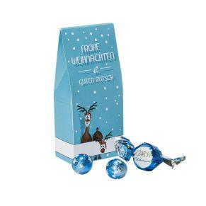 Diese Standbeutel in origineller Form und weihnachtlichen Motiven sind mit einer farblich abgestimmten Weihnachtsfüllung gefüllt. Standbeutel Stern ist gefüllt mit zwei Weihnachtspralinen aus Vollmilchschokolade gefüllt mit Nougat Crisp, zwei massiven Sternen aus Edel-Vollmilchschokolade und zwei massiven Kugeln aus Vollmilchschokolade, Standbeutel Rudi ist gefüllt mit 4 Edel-Vollmilch-Schokokugeln mit Milchcreme-Füllung und 2 Schoko-Kugeln aus zarter Vollmilchschokolade mit Milchreme-Füllung und Crisp, Maße: ca. 6,5 x 4 x 14,5 cm, Gewicht: ca. 0,4 kg. Zutaten: Stern: Zucker, pflanzliches Fett (Palm, Palmkern), Praliné (Zucker, HASELNUSSMARK, MANDELPASTE), VOLLMILCHPULVER, Kakaobutter, Kakaomasse, LAKTOSE, MOLKENPULVER, knuspriges Getreide (Reismehl, WEIZENMEHL, pflanzliches Öl (Palm), WEIZENGLUTEN, Zucker, WEIZENMALZ, WEIZENDEXTROSE, Salz), fettarmer Kakao, Emulgator: Sonnenblumenlecithine, SOJALECITHINE, E476; Bourbon-Vanille, SÜSSMOLKENPULVER, Vanille-Extrakt, Aroma., , Rudi: Zucker, VOLLMILCHPULVER, Palmöl, Kakaobutter, Kakaomasse, MAGERMILCHPULVER, SÜSSMOLKENPULVER, Emulgator: Sonnenblumenlecithine, E322; Vanille-Extrakt, Rapsöl, Reismehl, WEIZENGLUTEN, Bourbon-Vanillearoma, Salz, MALZEXTRAKT. Allergiehinweis: Stern: Kann Spuren enthalten von: anderen SCHALENFRÜCHTE! Rudi: Kann Spuren enthalten von: SCHALENFRÜCHTE und SOJAPRODUKTE!<br>