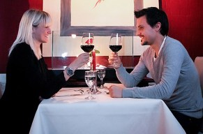 Erlebnistag Romantische Auszeit mit Essen bei Kerzenschein und Kino!