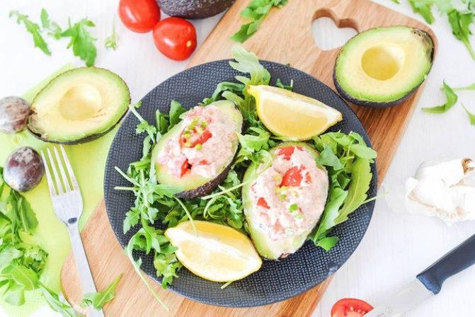 Gefüllte Avocado mit Thunfisch