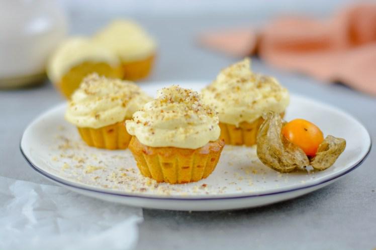Zuckerfreie Mango - Muffins mit Mangocreme