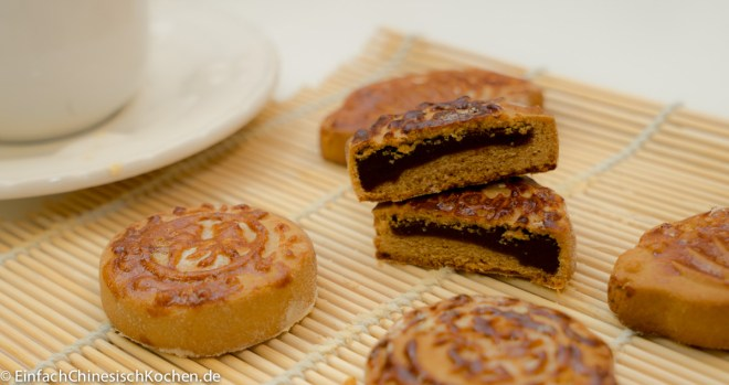 mondkuchen-mit-rotebohnen-paste-fullung-2