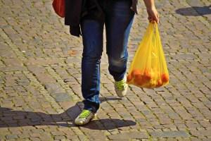 Plasitiktüte nein Danke / Einkaufstasche / Einkaufstrolley-Vergleich