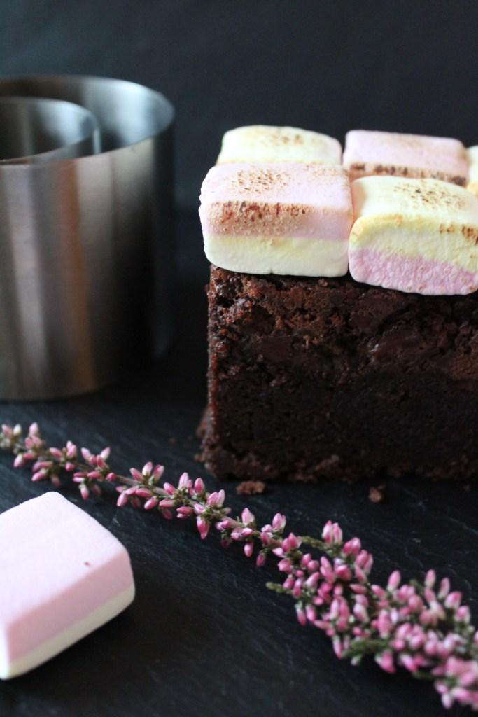 Brownie mit Marshmallow-Topping von Einmal Nachschlag, bitte   Foto: Linda Katharina Klein