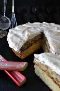 Rhabarber-Baiser-Kuchen von Einmal Nachschlag, bitte!