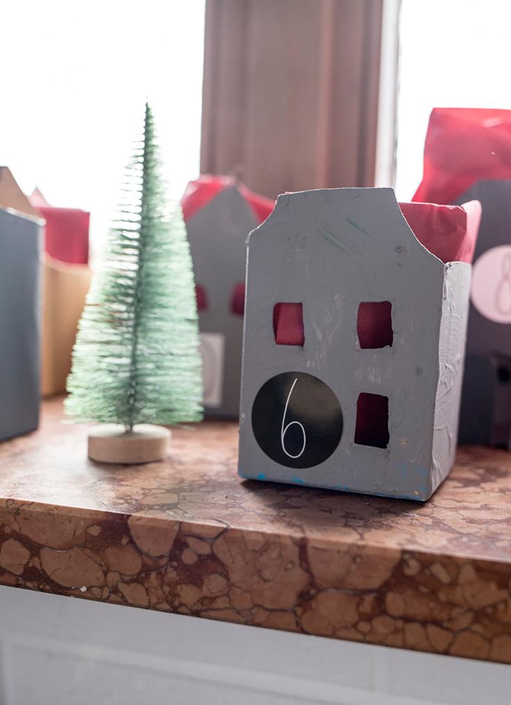 Ein Stück vom Glück - DIY: Adventskalender-Häuser aus Tetra Paks