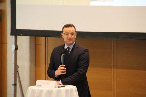 Bundesgesundheitsminister Jens Spahn beim Podiumsaustausch