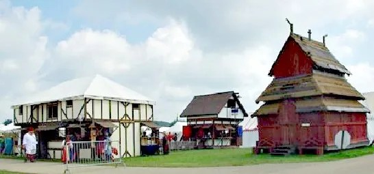 buildings-at-pennsic-2-fixed