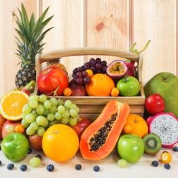 Frische Früchte (nach Saison)