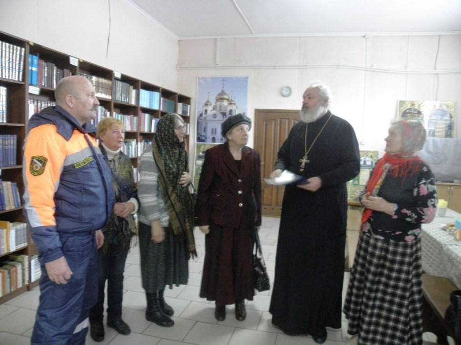 Протоиерей Алексий Самойленко встретился с инициаторами строительства часовни