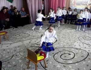 Воспитанников выпускной группы «Подсолнушки» детского садика №31 «Колосок» торжественно приняли в ряды каневских казаков