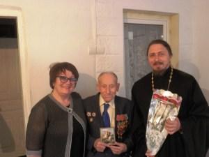 В Староминском благочинии поздравили участников Великой Отечественной войны с Днем Победы