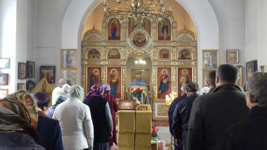 Миссионерская Литургия в храме Святых новомучеников и исповедников Церкви Русской