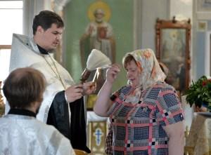 В кафедральном соборе святителя Николая Чудотворца Мир Ликийских был отслужен просительный молебен перед экзаменационными испытаниями