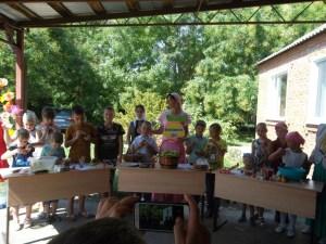 В храме Святой Троицы ст.Старовеличковской состоялся веселый сладкий праздник для детей