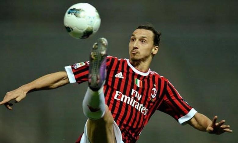 Zlatan Ibrahimovic Para Assinar Contrato com o Milan