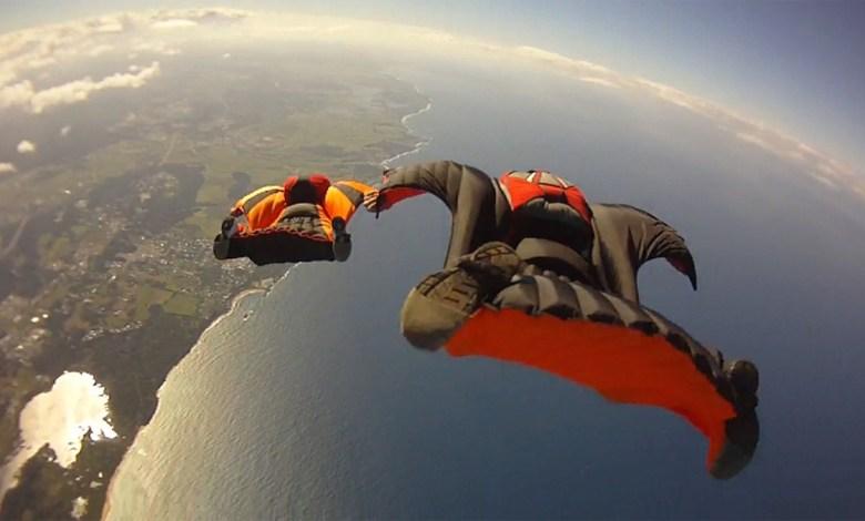 Foto - Salto de Wingsuit.