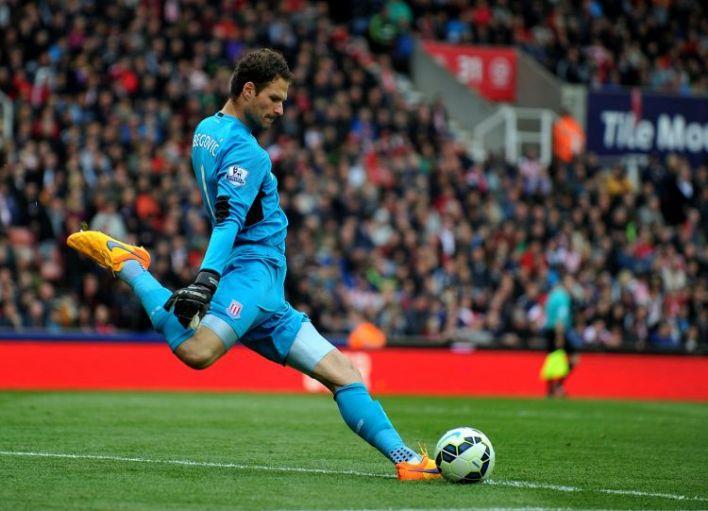 Asmir Begovic - Gol Marcado de uma maior distância