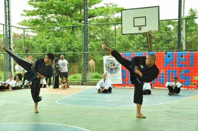 Militares praticando Uru-Can
