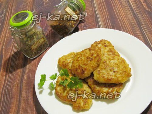 Мясные оладьи из фарша, рецепт с фото пошагово - готовлю ...
