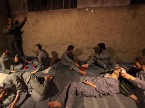 Suasana di dalam sel tahanan