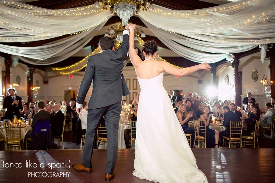 destination wedding planner in oregon classic ballroom wedding
