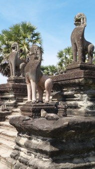 Lions standing guard on a balustrade