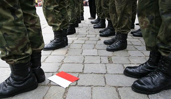 Trudna miłości kochanej ojczyzny, czyli odwóch marszach, jednej Polsce ijednym niebie