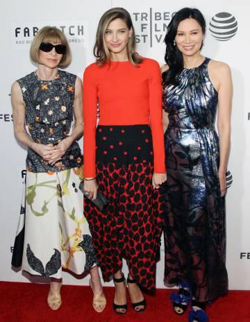Anna Wintour, Sylvana Ward Durrett y Wendi Murdoch, en la alfombra roja de Tribeca.