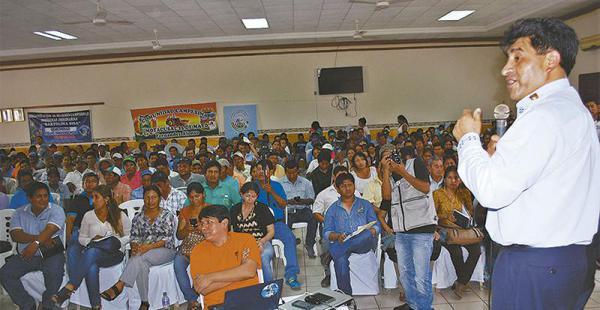El ministro Cocarico se reunió con los alcaldes de la zona norte