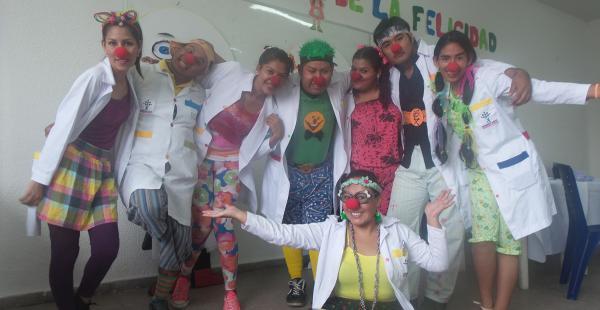 Doctores de la felicidad en la UPDS