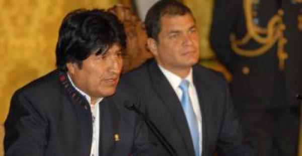 Evo Morales visitará a Rafael Correa para solidarizarse con los damnificados del sismo.