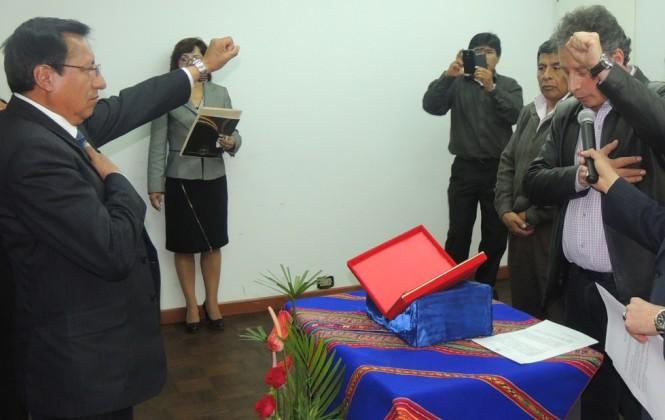 Ministro de Minería posesiona al nuevo director del Fofim