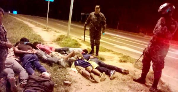 Tres efectivos del Gacip del DP4 detuvieron a un grupo de jóvenes que protagonizó una pelea en una vía pública