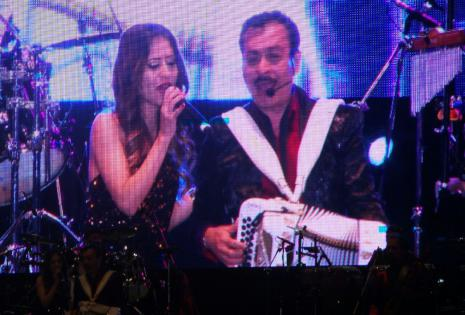 La cantante local Romina Mazó interpretó