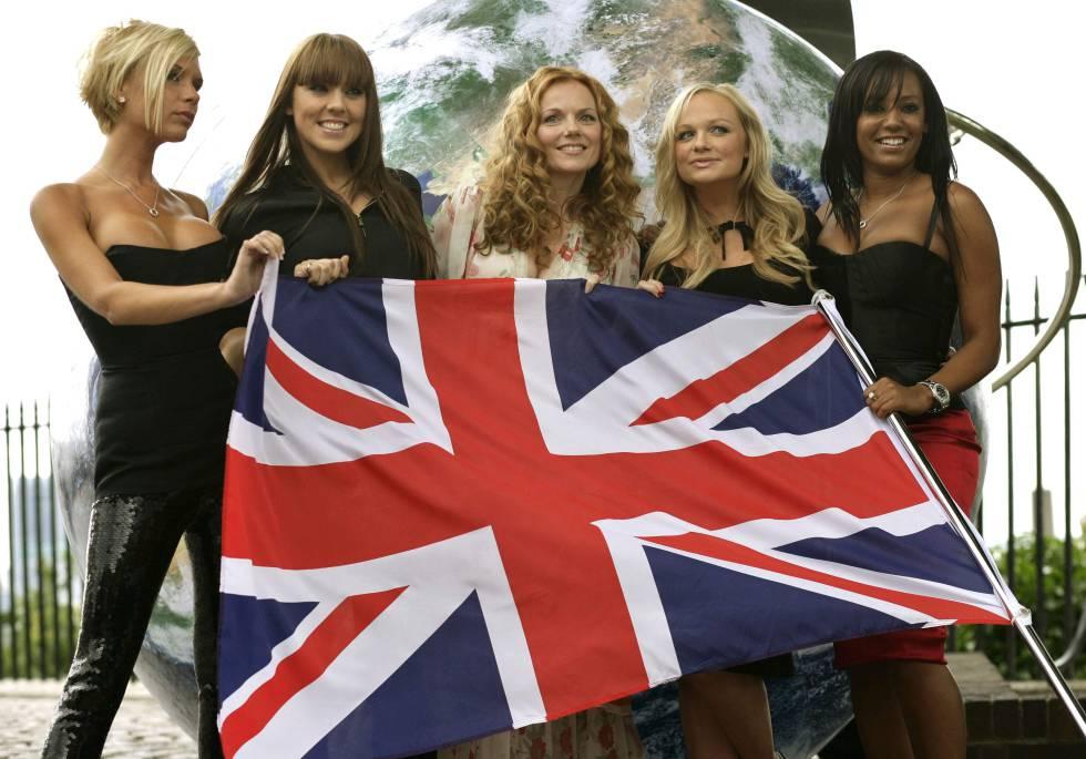 Las Spice Girls, de izquierda a derecha: Victoria Beckham, Melanie Chisholm, Gerri Halliwell, Emma Bunton and Melanie Brown, en 2007.